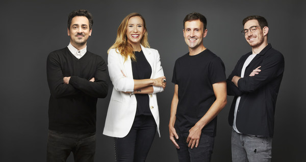 We Believers联合创始人兼综合创意总监Gustavo Lauria、Corona总监Clarissa Pantoja、Grupo Modelo营销副总裁Fabio Baracho以及Grupo Modelo营销总监 jajin Gershberg