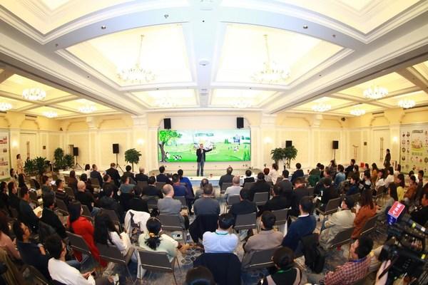 """""""做有根的教育:中国乡村教育振兴研讨会""""在北京开幕"""