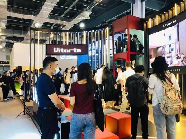 中国高端家用电梯品牌维亚帝亮相设计上海展会