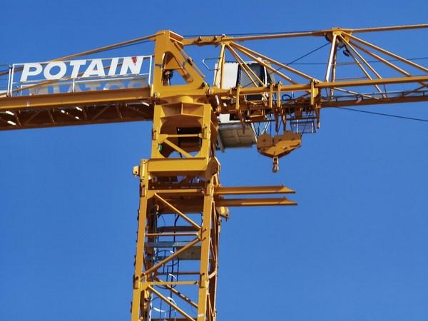 MCT188: 最长臂长65米 最大臂端吊重1.5T
