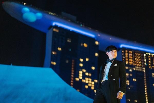 林俊杰于滨海湾金沙艺术科学博物馆顶层